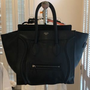 Black pebbled Celine Shoulder bag.